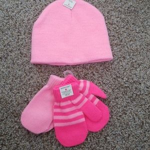 Other - Pink gloves and beenie
